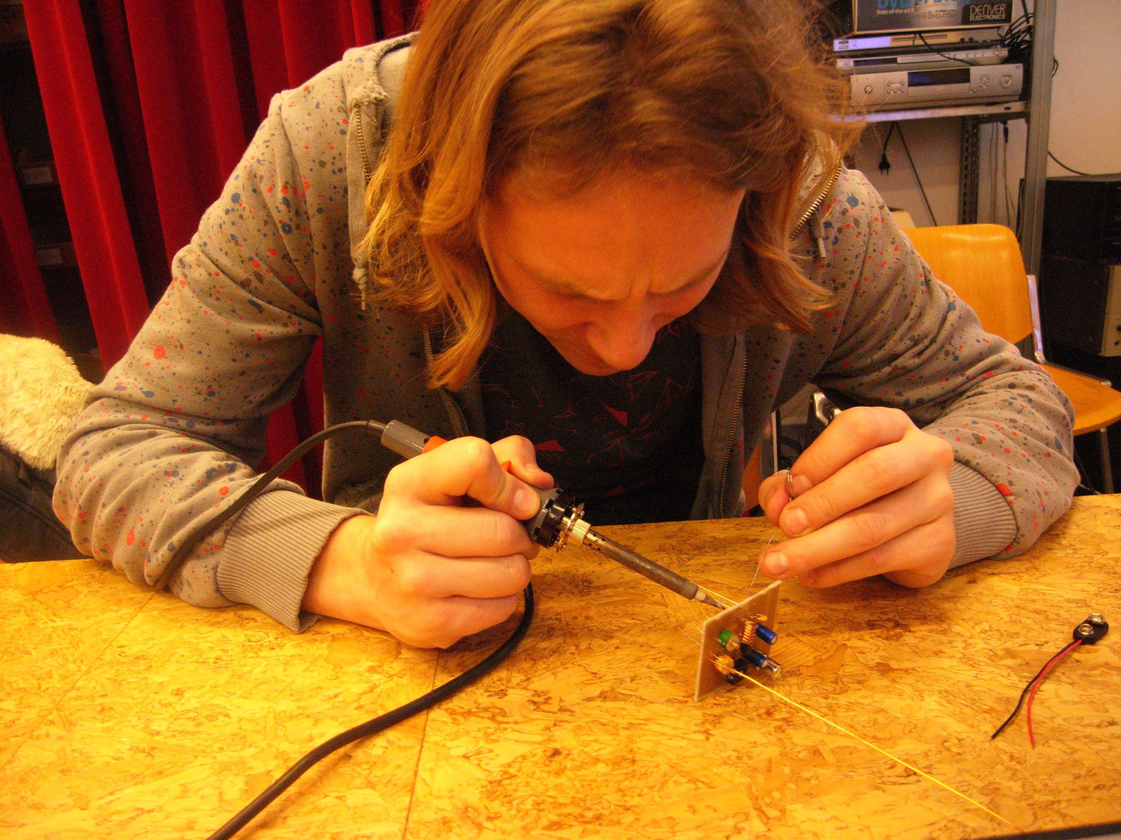 Diy Electronic Circuit Workshop Mediamatic Build