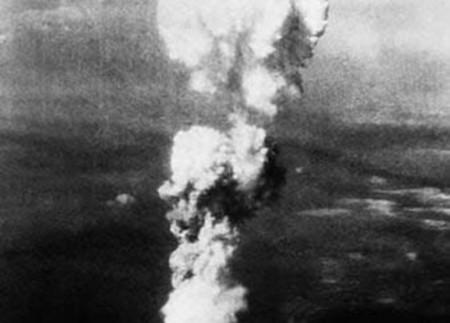 Hiroshima mon amour essay